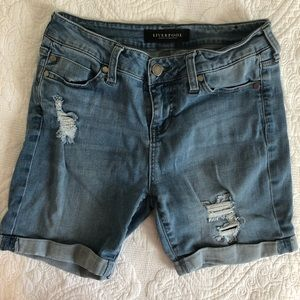 Liverpool Corine Rolled distressed  Jean Shorts